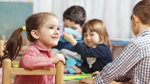 За и против пускането на детето на ясла и детска градина