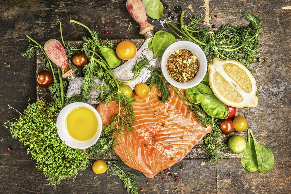 Няколко причини, които ни карат да ядем непрекъснато