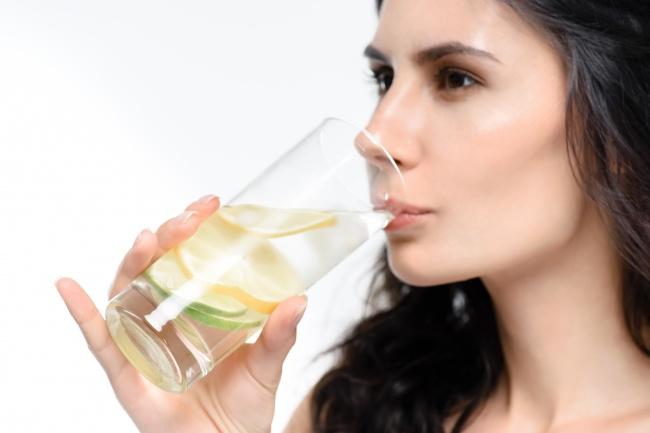 10 здравословни храни, които детоксикират и изчистват организма по естествен начин