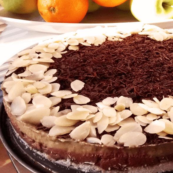 Сурова торта с авокадо